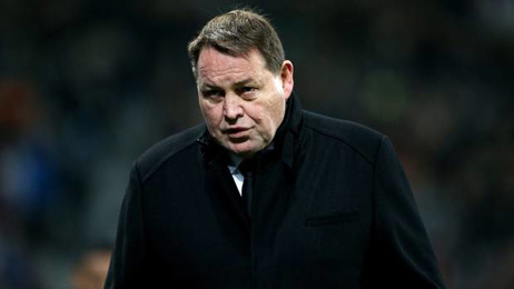 All Blacks coach Steve Hansen speaks to Martin Devlin