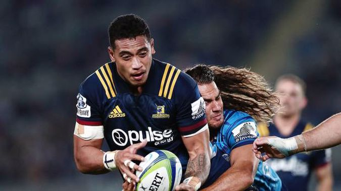 Shannon Frizell (Highlanders) has laid down a marker in the first fortnight of Super Rugby to all other NZ blindside flankers.