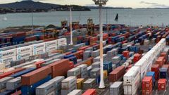 The trade deficit comes exports fell and imports lifted. (Photo / NZ Herald)