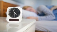 A new study has found sleeping-in can harm your waistline. (Photo / Getty)
