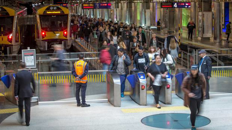 Britomart bomb scare: Armed police at Auckland train station