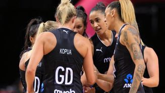 Silver Ferns to play men's team in World Cup warm-up
