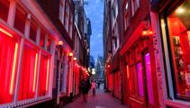 Amsterdam to ban red light district tours
