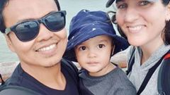 Zulfirman Syah, 2-year-old son Averroes and mum Alta Sacra. (Photo / Facebook)