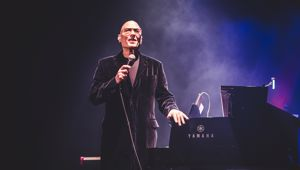 Mike Garson (supplied)