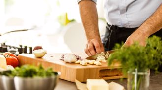Only 50 per cent of Kiwis cook at home - survey