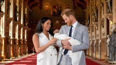 Baby Archie: Meghan praised for natural new mum look