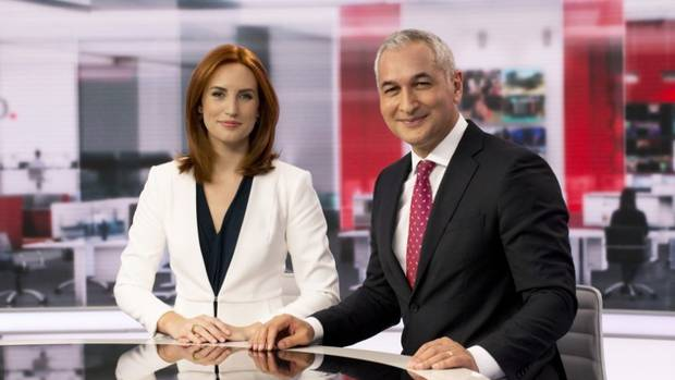 The restructure is designed to improve Newshub Live at 6, hosted by Samantha Hayes and Mike McRoberts. (Photo / Supplied)