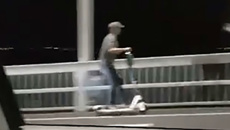 Person filmed riding electric scooter over Auckland Harbour Bridge