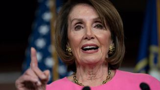 Facebook defends decision to leave up fake Pelosi video