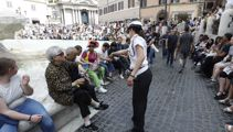 Rome announces harsh crackdown on unruly tourists