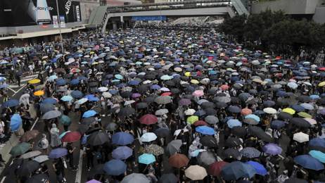 Protests continue in Hong Kong over controversial extradition bill