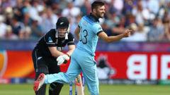 Mark Wood of England celebrates bowling Jimmy Neesham of New Zealand. (Photo / Getty)