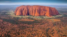 Tourists swarm Uluru as climb closure date looms