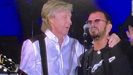 Paul McCartney, Ringo Starr have surprise reunion at Los Angeles concert
