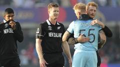 Martin Guptill and Jimmy Neesham congratulate Ben Stokes after the win. (Photo / AP)