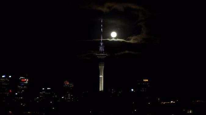 'Big flaming ball' thought to be a meteorite sighted over Auckland