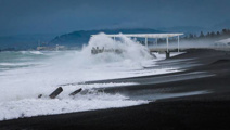 Swells of 4m hit Hawke's Bay coast, forcing ships out of Napier Port