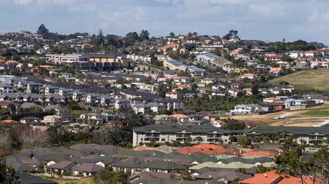 There were 183 home transfers to people who didn't hold NZ citizenship or a resident visa in the June 2019 quarter versus 1,116 in the same quarter last year. (Photo / File)