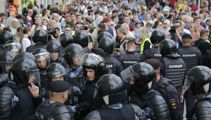 Russian police arrest more than 1,000 in Moscow protest