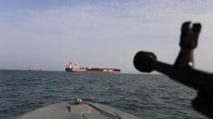 Gavin Grey: New video from Iran shows Guard warning away UK warship