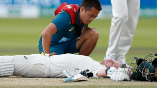 Sickening blow floors Steve Smith in second Ashes Test