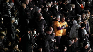 Report: Spectators hurl water bottle, abuse at Wallabies