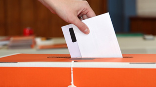 Local elections: Six mayors re-elected without competition