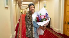 Paula Bennett responds to Winston Peter's call for her head - with a bouquet