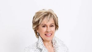 Dame Kiri officially opened the Aotea Centre in September 1990.