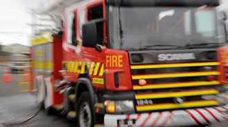 Porter's Pass closed as firefighters tackle blaze