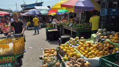 You're spoilt for choice when it comes to fruit and fruit drinks in Cartagena. (Photo / ZB)