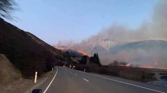 Porter's Pass fire to continue to cause travel delays