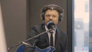 Blues musician Ash Grunwald performs live in studio