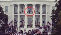 Passers-by spot rare sight on White House balcony
