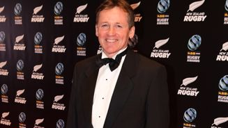 David Kirk: 'AB's taking a risk against the Springboks picking smaller players'