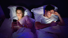 Steven Dromgool: Is your phone affecting your relationship?