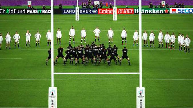 The England team face the haka. (Photo / Getty)