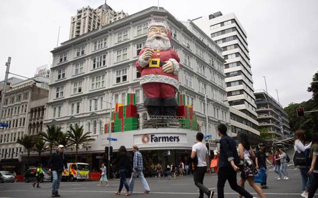 Auckland's giant Santa to be retired after nearly 60 years