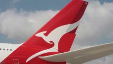 Oliver Peterson: Qantas to slash carbon emissions to zero by 2050