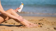 Consumer NZ's latest test of sunscreens found nine of 20 products didn't provide the sun protection claimed. Photo / 123RF