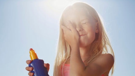 Mike Kernaghan: Cancer Society defends sunscreen after negative test results
