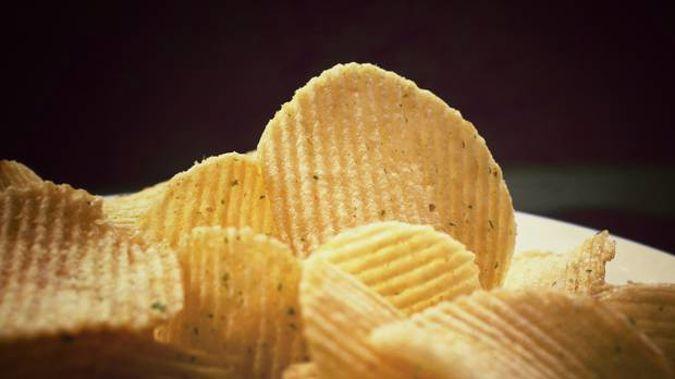 Kiwis' beloved Bluebird chips have had a recipe change. Photo / 123rf