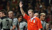 Controversial rugby ref Wayne Barnes opens up on career