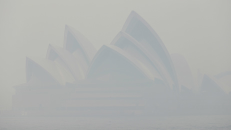 Murray Olds: Sydney choked by hazardous smoke from bush fires