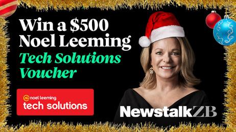 Kerre' Lights Up Christmas with Noel Leeming