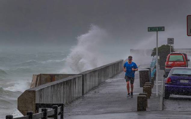 Wind, rain and thunderstorms on the way for New Zealand