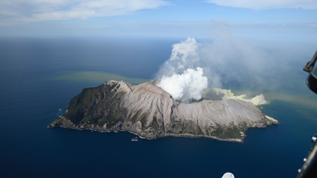 Michael Lueck: Can tours of White Island/Whakaari continue?