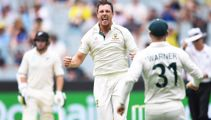 Black Caps ripped apart as Australia close in on win