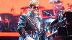 Elton John pledges $1 million to bush fire relief